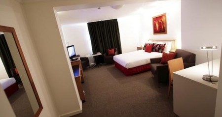 Townhouse Hotel - Foster Accommodation