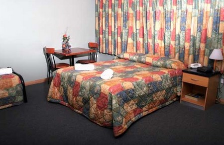 Banksia Motel - Foster Accommodation