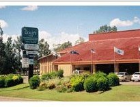 Quality Inn Charbonnier Hallmark - Foster Accommodation