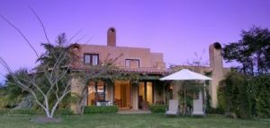 Casabelle Country Guest - Foster Accommodation