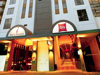 Hotel Ibis Melbourne - Foster Accommodation