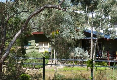 Emu Holiday Park - Foster Accommodation