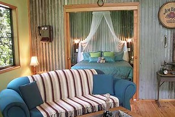 Crater Lakes Rainforest Cottages - Foster Accommodation