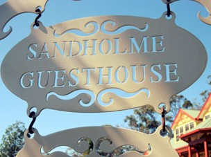 Sandholme Guesthouse 5 Star - Foster Accommodation