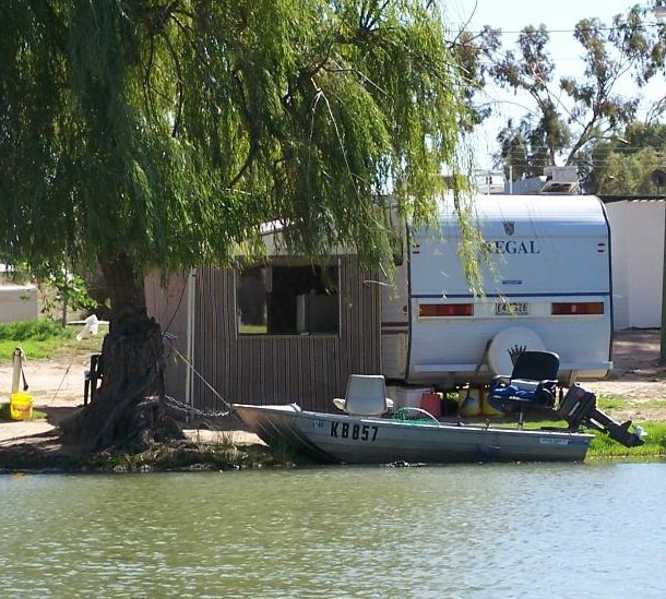Willow Bend Caravan Park - Foster Accommodation