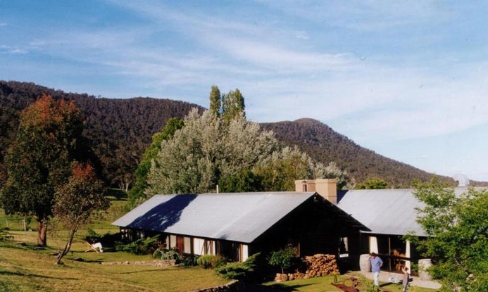 Crackenback Farm Mountain Guesthouse - Foster Accommodation