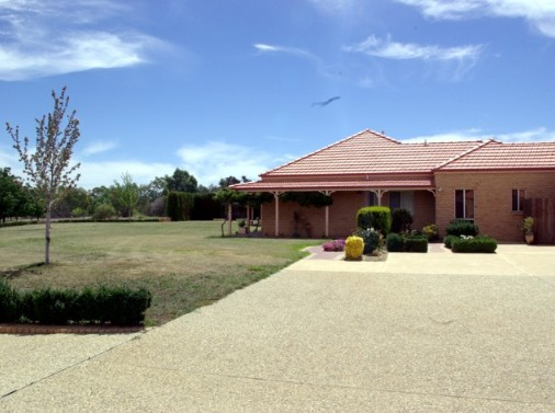 Fairways Bed and Breakfast at Jerilderie - Foster Accommodation