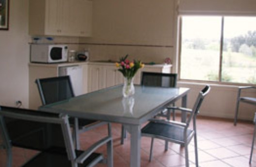 Burns B and B and Yabby Farm - Foster Accommodation