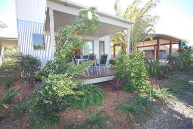 Woodgate Beach Houses - Foster Accommodation