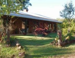 Twilight Grove Farm Bed and Breakfast  - Foster Accommodation