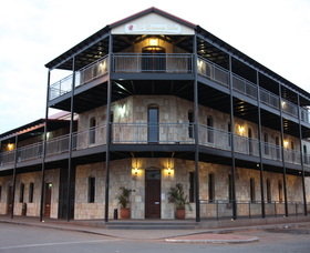 The Esplanade Hotel - Foster Accommodation