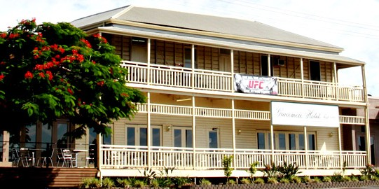 Gracemere Hotel - Foster Accommodation