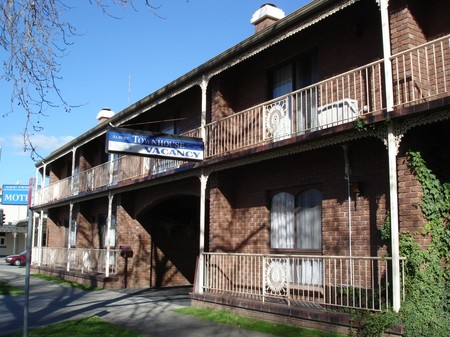 Albury Townhouse - Foster Accommodation