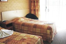 Tenterfield Bowling Club Motor Inn - Foster Accommodation
