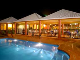 Reef Resort - Foster Accommodation