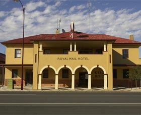 Royal Mail Hotel Jerilderie - Foster Accommodation