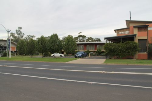 Forbes Victoria Inn - Foster Accommodation