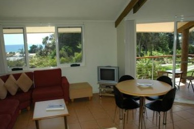 Tathra Beach House Apartments - Foster Accommodation