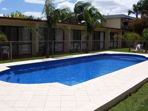 Sunraysia Motel and Holiday Apartments - Foster Accommodation
