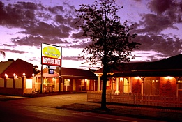 Dalby Mid Town Motor Inn - Foster Accommodation