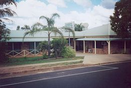 Clermont Motor Inn - Foster Accommodation