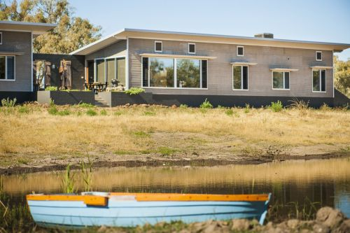 Girragirra Retreat - Foster Accommodation