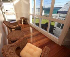 Sugarloaf Point Lighthouse Holiday Accommodation - Foster Accommodation