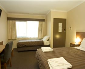 Seabrook Hotel Motel - Foster Accommodation