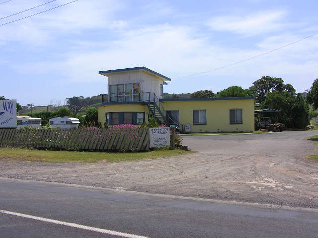 Dutton Way Caravan Park - Foster Accommodation