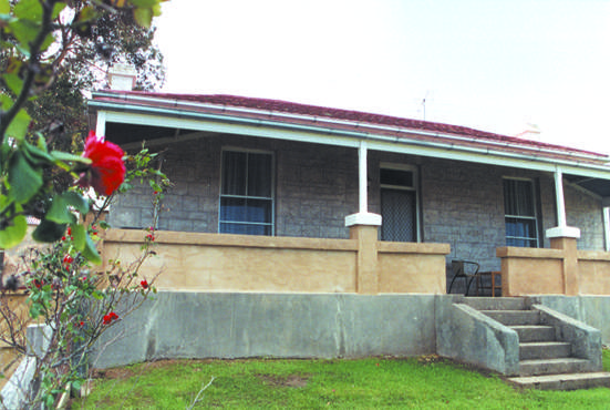 Limestone View Naracoorte Cottages - Foster Accommodation