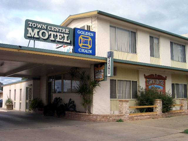 Town Centre Motel - Foster Accommodation