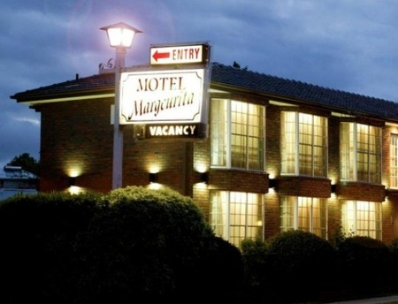 Margeurita Motel - Foster Accommodation