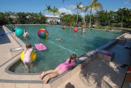 Kurrimine Beach Holiday Park - Foster Accommodation