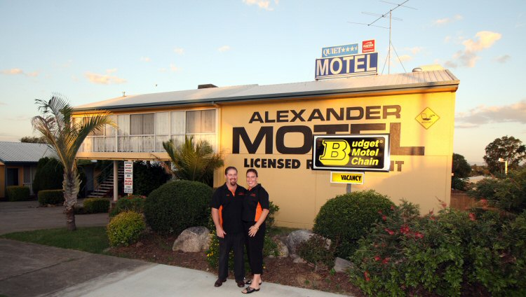 Alexander Motel - Foster Accommodation