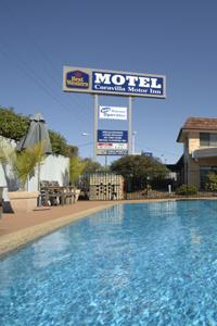 Caravilla Motel - Foster Accommodation