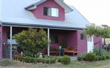 Magenta Cottage Accommodation and Art Studio - Foster Accommodation