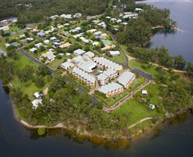 Tinaroo Lake Resort - Foster Accommodation