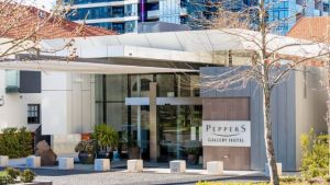 Peppers Gallery Hotel - Foster Accommodation