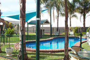 Murrayland Holiday Apartments - Foster Accommodation