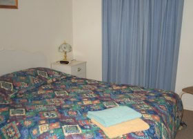 Carn Court Holiday Apartments - Foster Accommodation