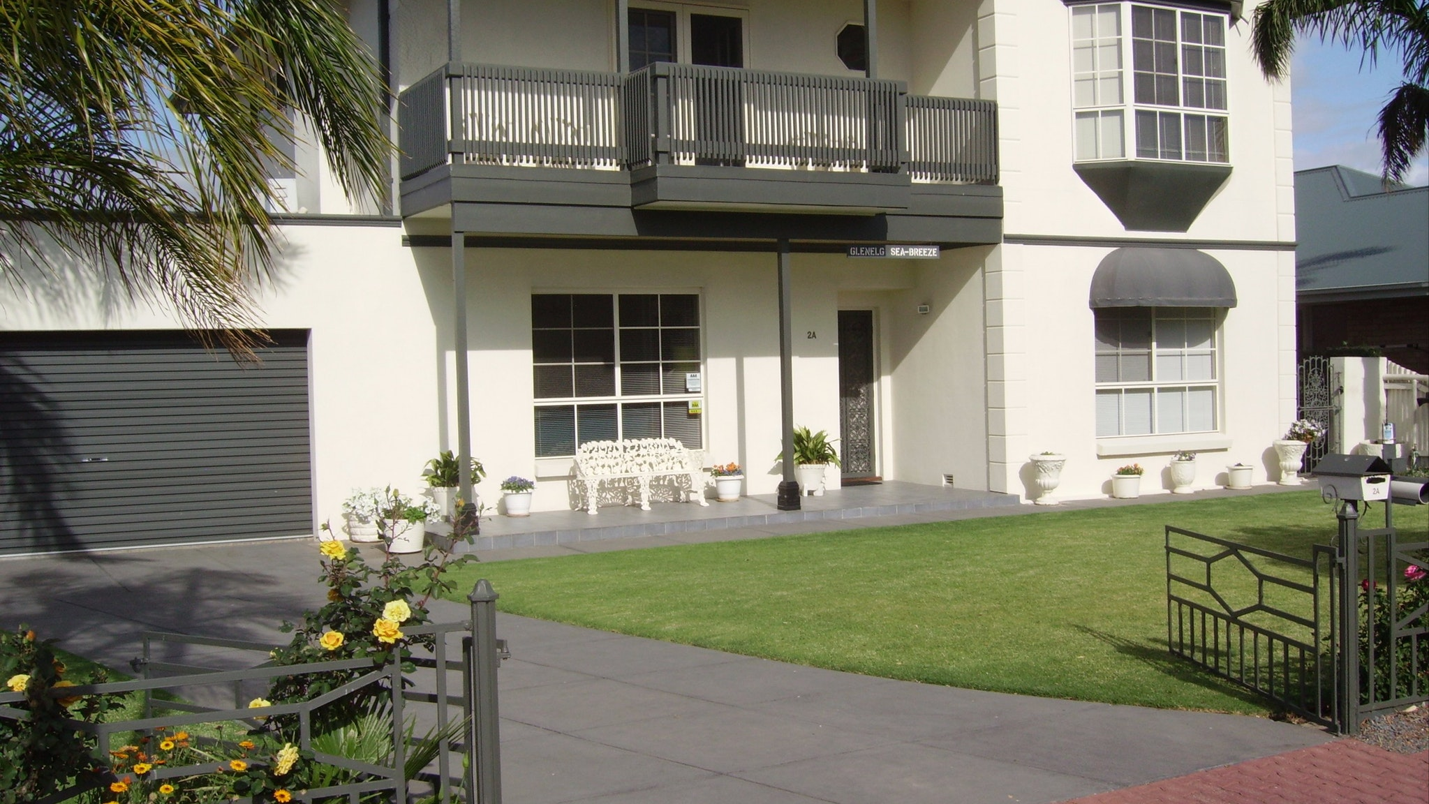 Glenelg Sea-Breeze BB - Foster Accommodation