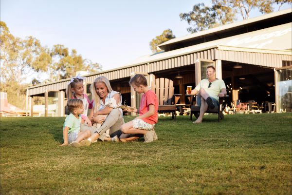 Paradise Country Farmstay - Foster Accommodation