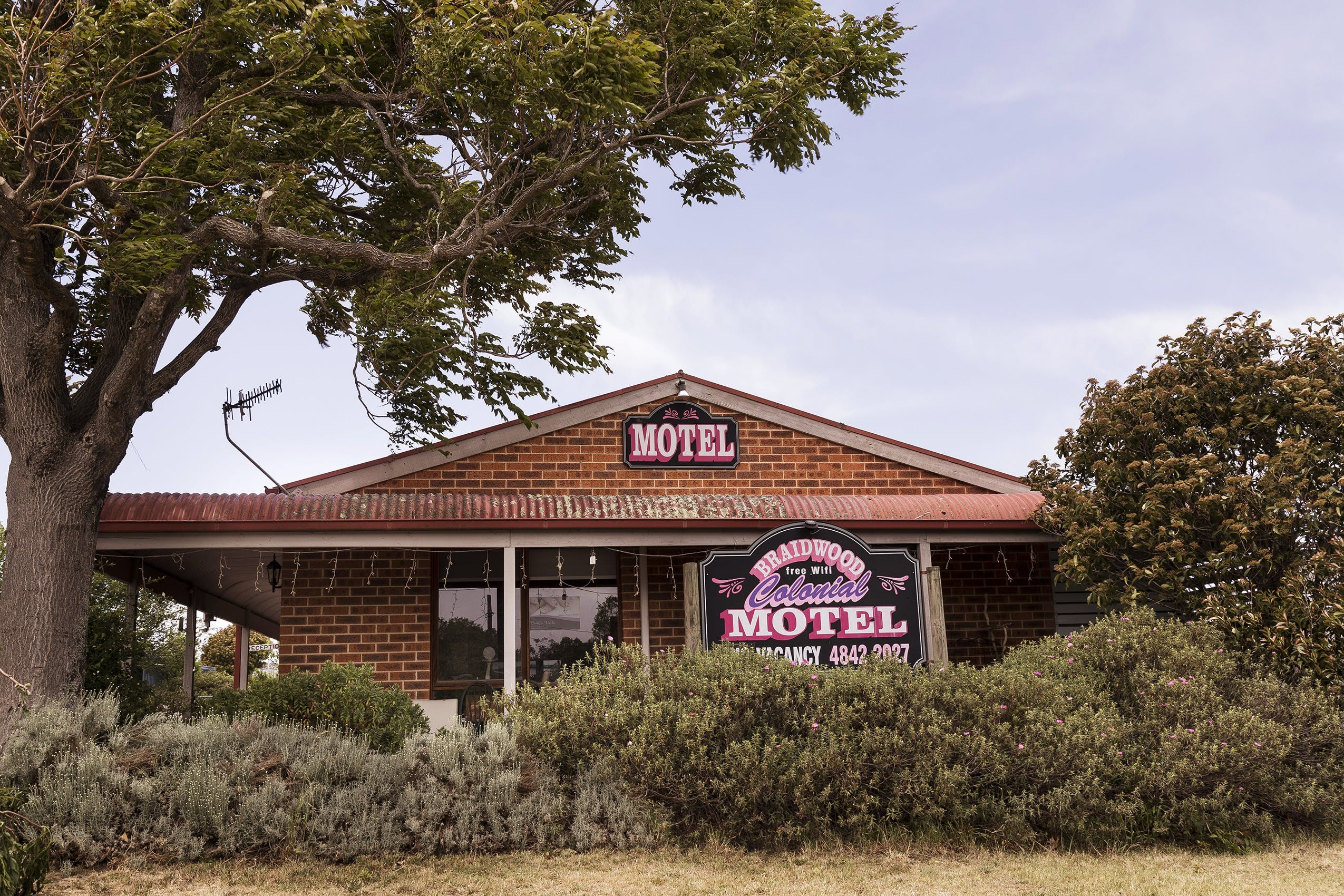 Colonial Motel - Foster Accommodation