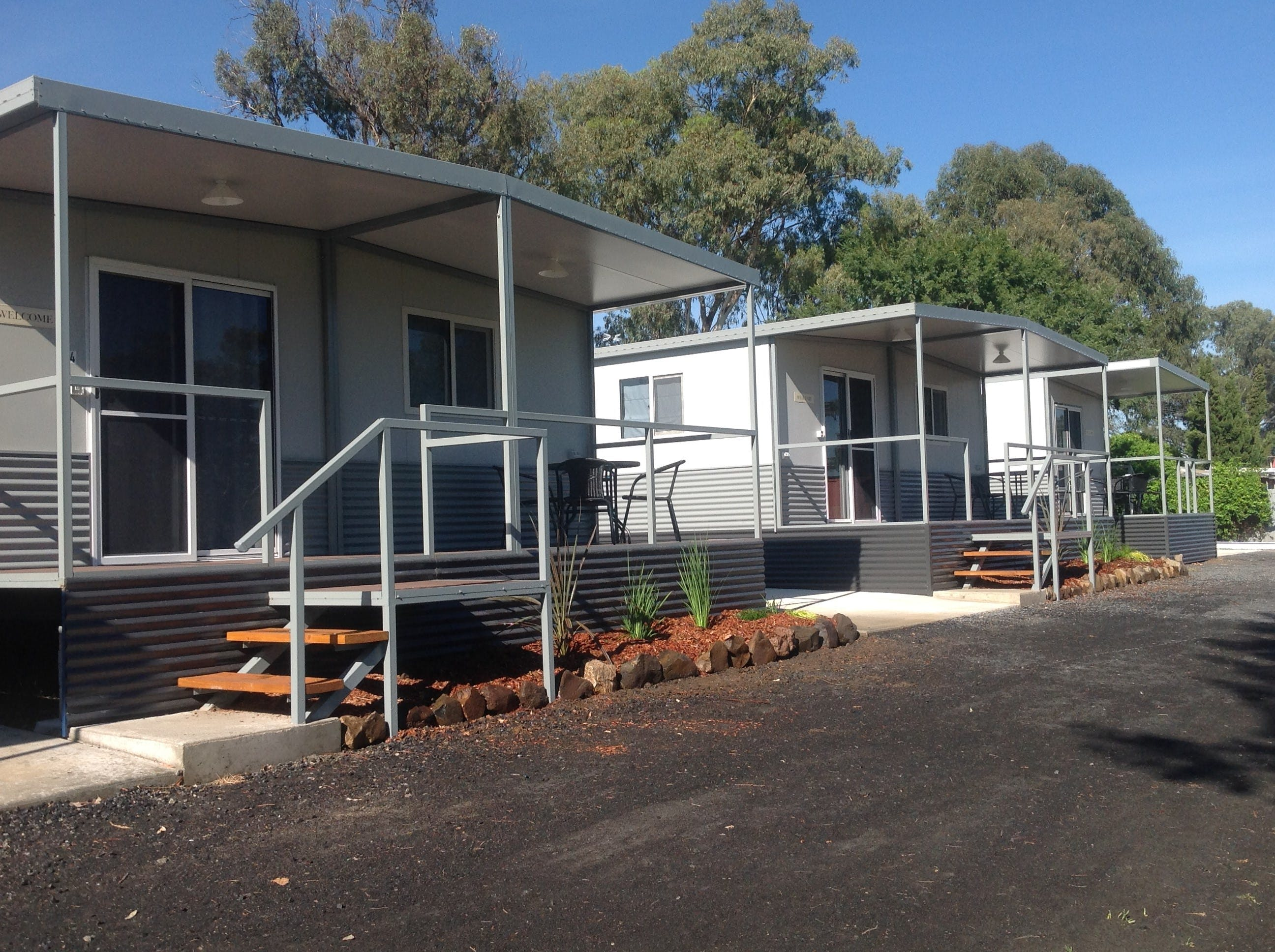 Sapphire City Caravan Park - Foster Accommodation
