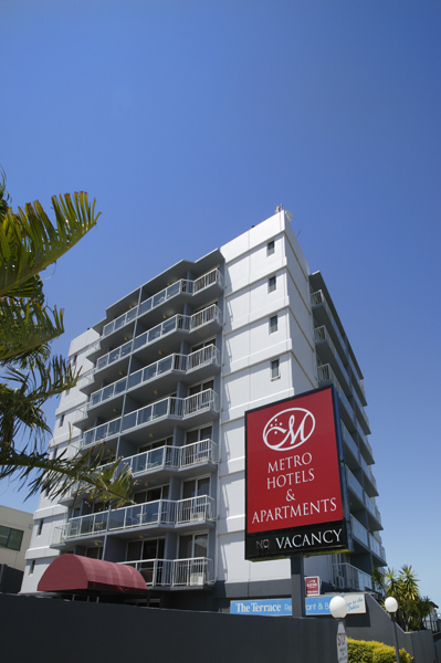 Metro Hotel  Apartments Gladstone - Foster Accommodation