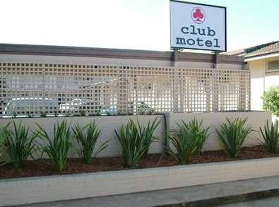 Club Motel - Foster Accommodation