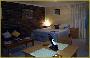 Henlie Park Bed  Breakfast - Foster Accommodation