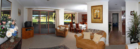 Amore Beach Retreat - Foster Accommodation