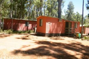 Dwellingup Chalets And Caravan Park - Foster Accommodation