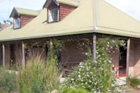 Wind Song Bed and Breakfast - Foster Accommodation